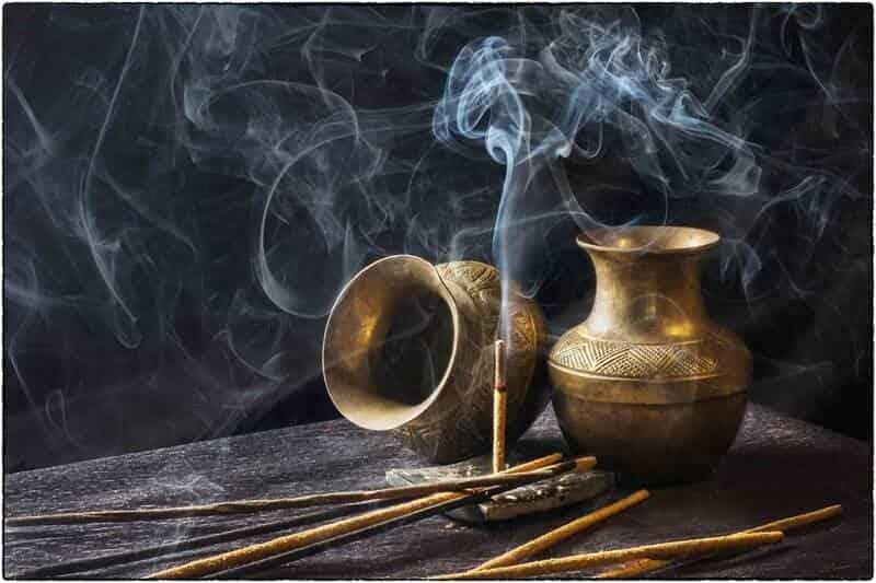 encensoir et encens (Comment prendre l'oliban comestible )